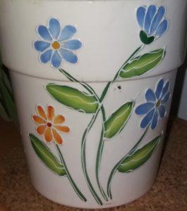 květník 265x300 - Nazdobte si květináče originálně. Mozaika na květináči, Decoupage a krakelování, malované květináče