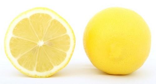 citron vlasy - Jak si přírodními prostředky zesvětlit vlasy