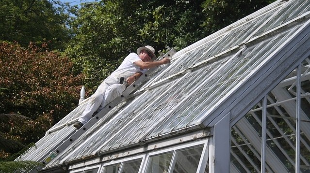 opravy v zimě - Příprava zahrady ke spánku. Jak ochránit zahradu