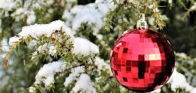vánoční ozdoby - Venkovní vánoční dekorace. Jaká může být ve vaší zahradě