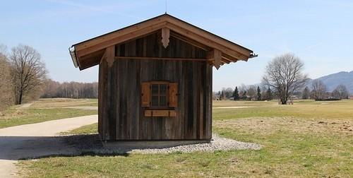 chata - Dřevo je stále velice oblíbený stavební materiál. Dřevostavby v minulosti a dnes