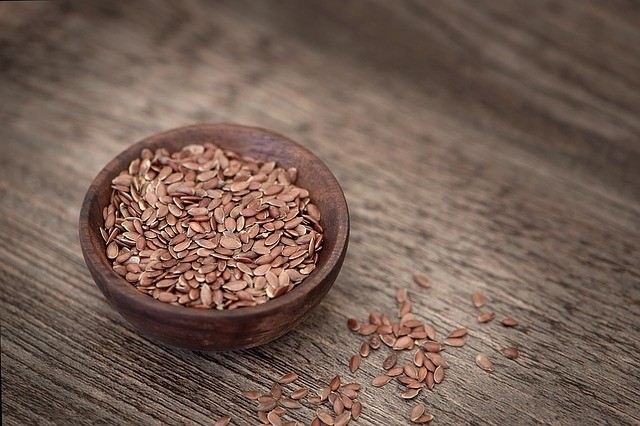 lněné semínko - Lněné semínko pomůže při zácpě, kašli i zánětech močových cest