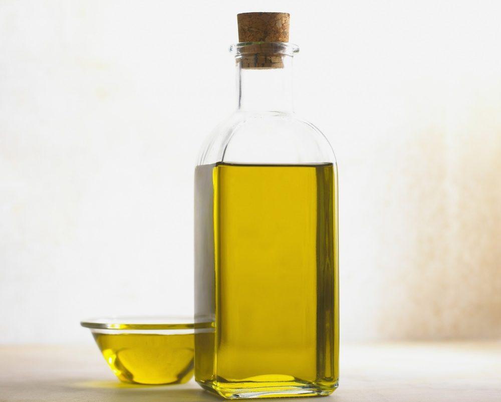 majorankovy olej - Majoránka nejen do kuchyně. Olej, mast a směs proti migréně
