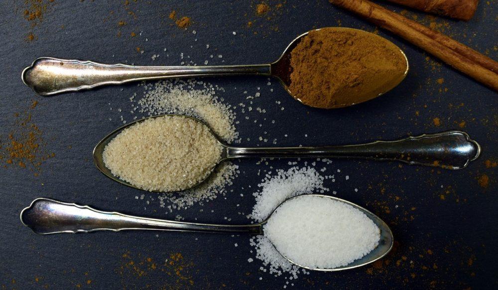 skorice - Skořice není jen aromatické koření, své využití najde i v zahradě