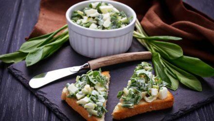 cesnek medvedi salat