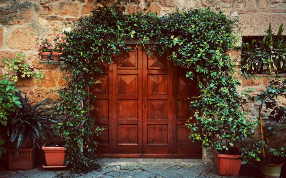 brectan scaled - Udělejte si na zahradě okrasný oblouk, který přitáhne pozornost