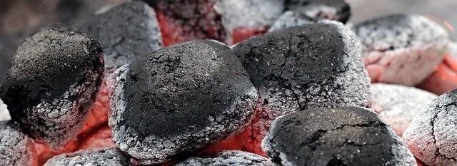uhli - Nástrahy grilování: schválně jestli umíte odolat úplně všem