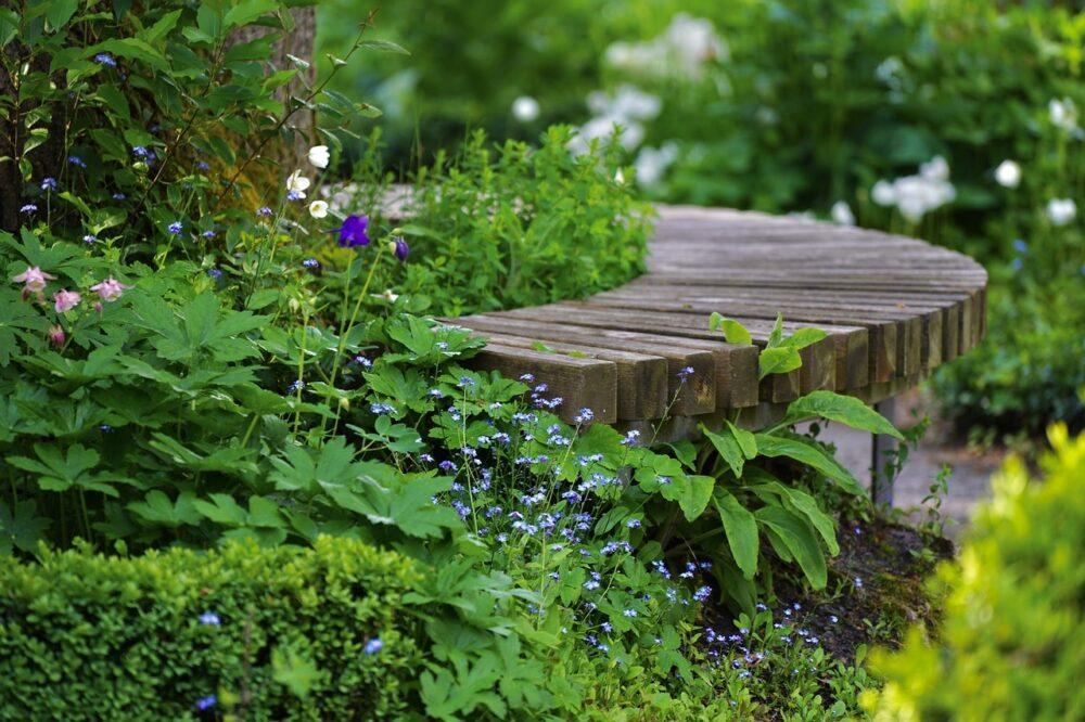 lavicka - Jednoduchý návod na opravu lavičky krok za krokem